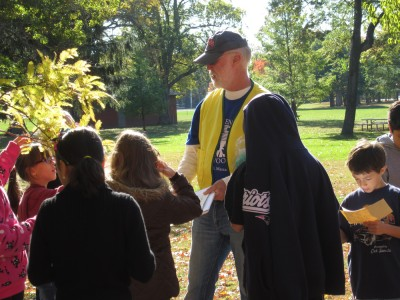 tree walk guide at Buttonwood Park